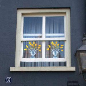 Delft Blauw Tulip Geel Raamsticker - Flat Flower - 30 x 30 cm