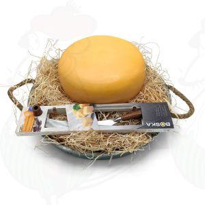 Hele kaas in een Ambachtelijke Kaasbak